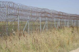 Thomas_Klipper, border fence Greece-Turkey, 2016, photograph; courtesy: the artist