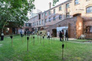 Aliou_Badou_Diack, <em>Ghost 54</em>, 2018, installation view, Freiraum in der Box, Berlin; photo: Victoria Tomaschko