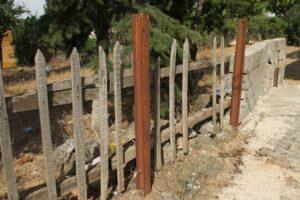 Judith_Raum_Eser, German railway tracks reused as parts of a fence near Gaziantep; photo: Judith Raum